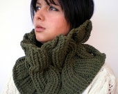 SALE Caprice Fashion   Cowl Super Soft Wool Neckwarmer Women/Men  Chunky Cabled Cowl