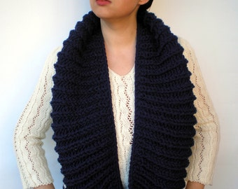 SALE Harmony  Navy Blue Circle Scarf Soft Wool Neckwarmer Women/Men  Fashion  Circle Scarf