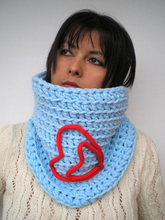 SALE FantasyHeart Cowl Fashion Crochet Chunky Cowl Super Soft Neckwarmer   Blue Valentine's Day  Cowl