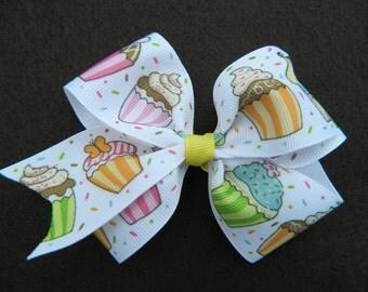 Cupcake...Birthday...Hairbow