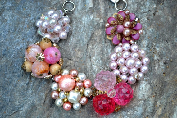 Recycled Vintage Jewelry CHUNKY Bracelet Beaded Cluster Clip On Earrings PINKS