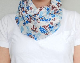 SALE // Blue and White Tribal Print Ikat Infinity Scarf