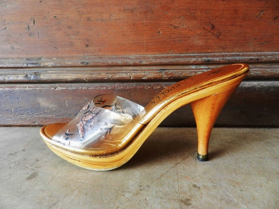 50's CLEAR WOODEN Mules - Glamour Clogs / Carroll's California / Hand Painted Glitter Butterfly Motif / Size 6 - 7