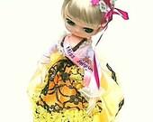Vintage Pose Doll Japan Bradley Type Miss Belgium NRFB International Yellow, Black, White dress with Pink Ribbons and Blonde hair