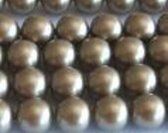 50 SWAROVSKI Crystal Pearl Beads 5810 4mm PLATINUM