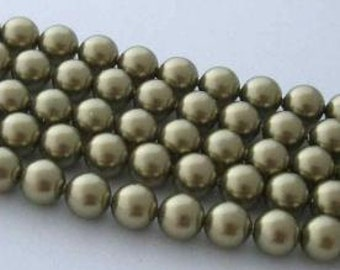 50 SWAROVSKI Crystal Pearl Beads 5810 6mm LIGHT GREEN