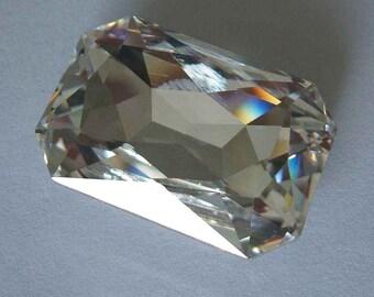1 SWAROVSKI 4627 Octagon Cabochon Fancy Stone CRYSTAL