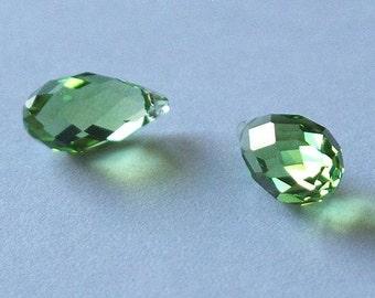 SWAROVSKI 6010 Briolette Crystal Beads PERIDOT