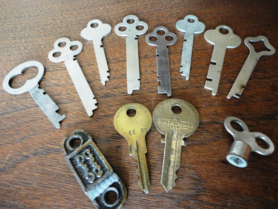 Vintage Keys Lot, Brass and Silver Colored Metal Keys, Flat, 11 keys, and a Hasp, Steampunk, Altered Art, Old Fashioned, Sherlock Holmes