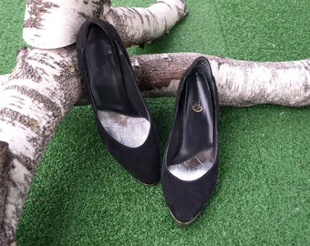 Western Shoes/ Cowgirl/ 80s Pumps/ Black Pumps/Hipster Heels/ Rockabilly/ Suede Shoes/ Collar Tips/ Womens Size 6 Shoes/ Cowgirl Shoes