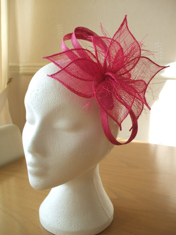 Hot pink, Petals Sinamay Fascinator, on a comb. Weddings, Races, Proms, Kentucky Derby, Ascot, Melbourne Cup