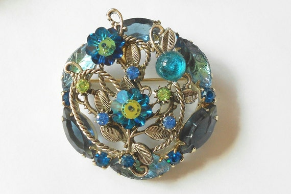 Vintage rivoli rhinestone brooch- teal green peacock glass stones