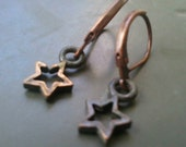 Itty Bitty Antique Copper Star Earrings