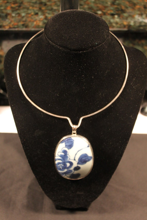 Vintage Collar, Sterling Silver, Blue and White China