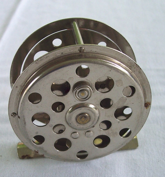 Vintage fishing reel made in the usa for American made fishing reels