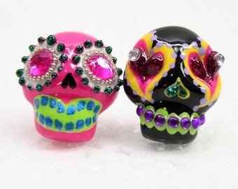 Skull in a-day is the day of the dead earrings E0028
