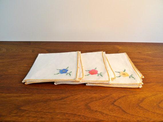 Vintage Linen Napkins with Stitched Floral Design