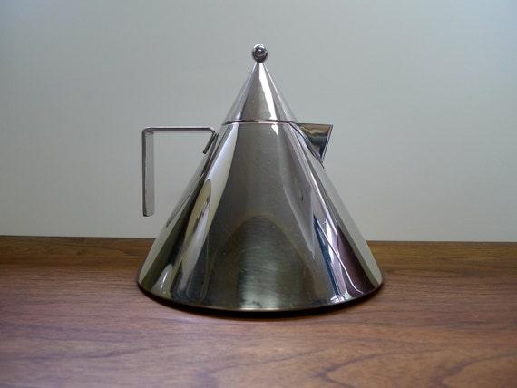 Alessi II Conico Kettle by Aldo Rossi