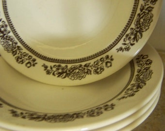 Pottery Bowls Brown White USA Pottery Bowls Brown Flower Bowls