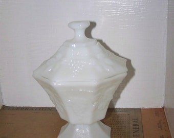 Vintage Milk Glass Candy Dish Grapes Leaves