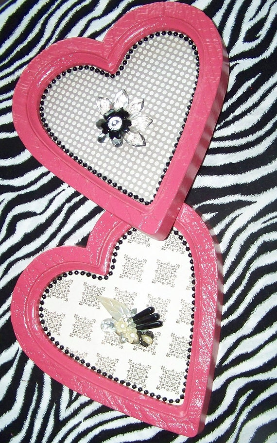 Heart Frames Upcycled Valentine Frames Pink Frames and Vintage Jewelry Pink Heart Frames