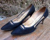 1960s Classic Suede Pump Size 8