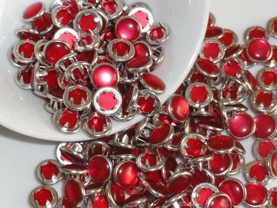 12 Pearl Snaps Set  4 Part Prong Size 16 True Red