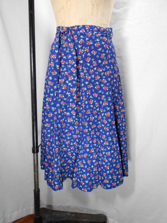 Vintage 1960s Floral Print Wrap Skirt by Meadowbank Size Medium