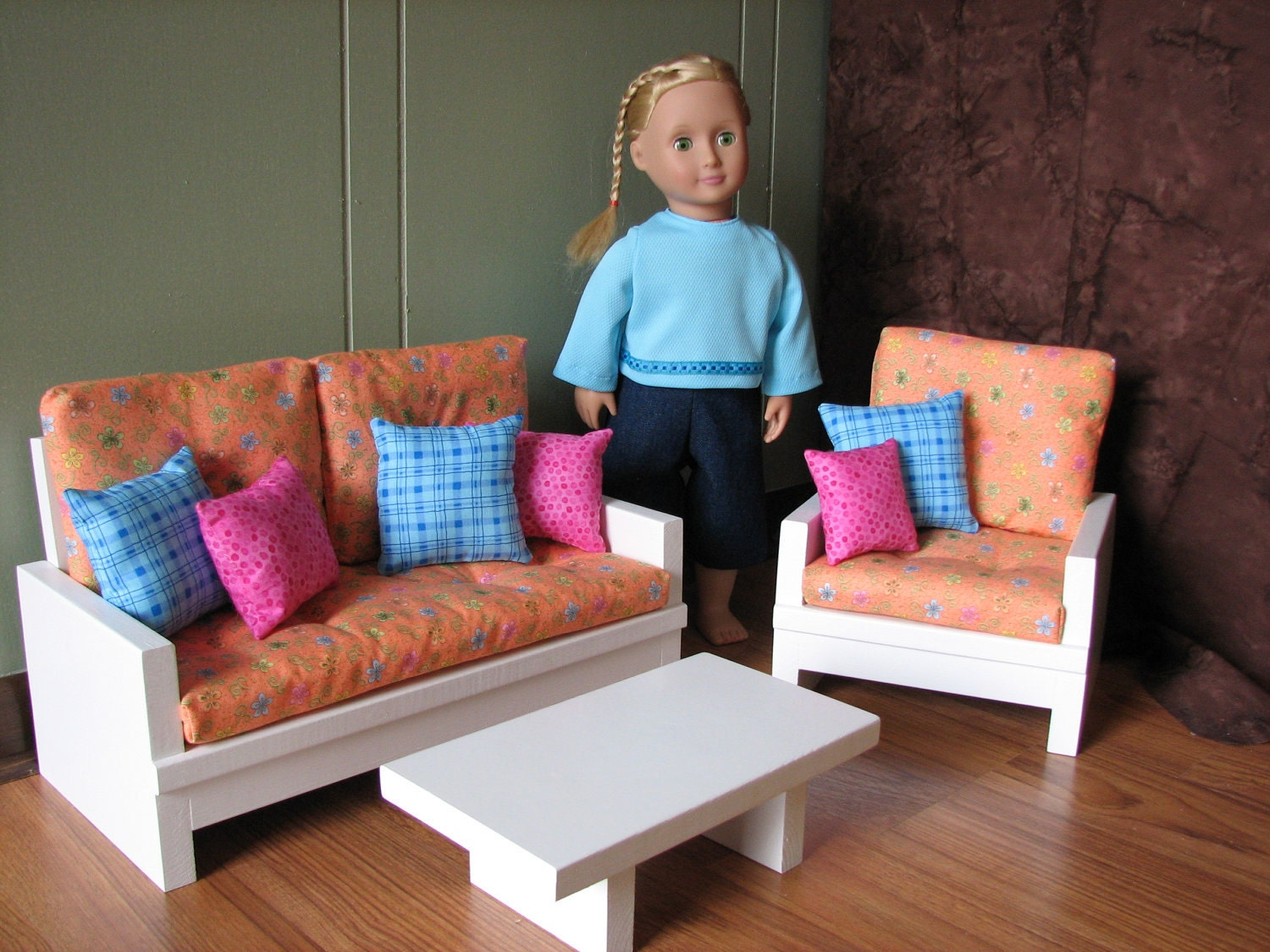 These 6 Pieces Of Colorful Furniture Are Absolute Must Haves: American Girl Sized / 18 Doll Furniture Living Room