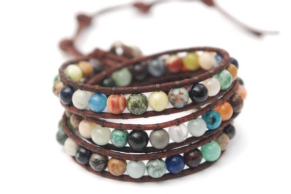 Triple wrap Surprise leather bracelet. Mix of gemstones bracelet. Colorful leather jewelry. Leather beaded wrap bracelet. WSR3v017
