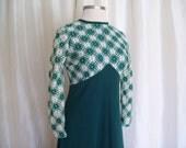 Vintage green maxi dress St Patricks Day size M L 70s hippie retro long Irish gown knit lace