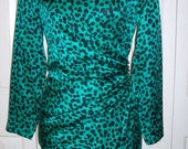 Vintage Silk Emerald Green and Black Animal Print Cocktail Dress Lined Measurements 35.5, 27.5, 36.5
