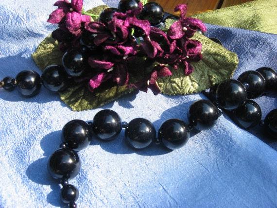 Betsy's Big Black Beads