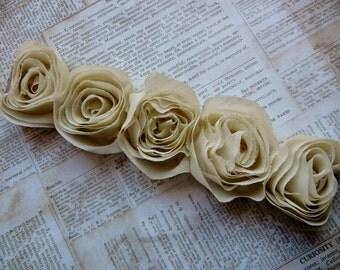 Vintage inspired cream organza rose connector