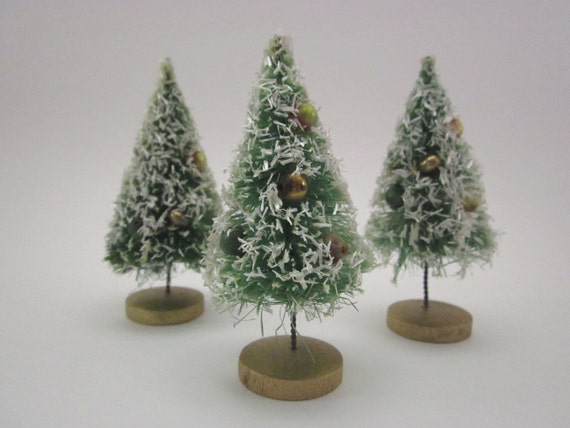 1950s Bottle Brush Trees Christmas Holiday Set Of Three - 3 1/2 Inches Tall