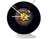"""Rick Astley - Never Gonna Give You Up 7"""" Vintage Vinyl Record Clock"""