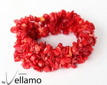 Bracelet with bright red coral chip gemstones, stretch bracelet