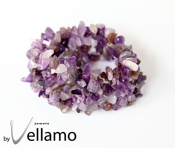 Bracelet with amethyst chip gemstones, stretch bracelet