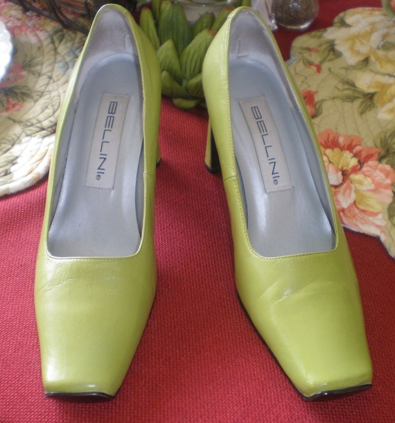 "Vintage Women's Bellini ROYAL Italian Leather Chartreuse Apple Green Shoes Pumps 6 M  2.75"" Heel 751719"