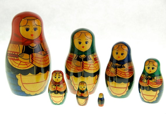 Vintage Matryoshka Nesting Dolls, Set of 7