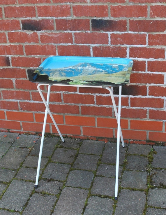 Wonderful Retro Collapsable Tray Table