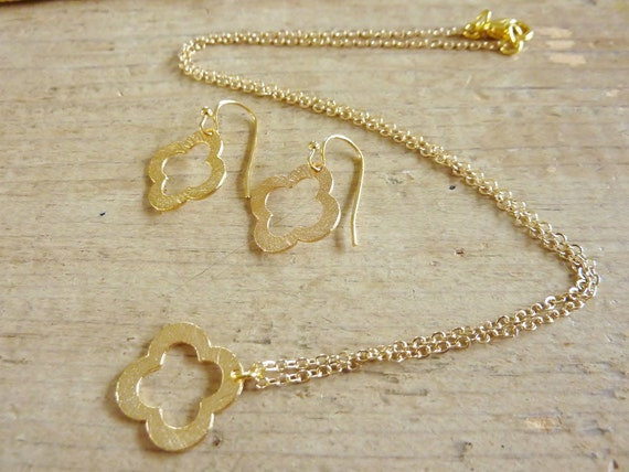2 piece SET - Van Cleef & Arpels inspired Gold Clover necklace and earrings