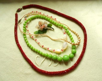 5 Pc. French Vintage Costume Jewelry Lot Greens and Reds (A231)