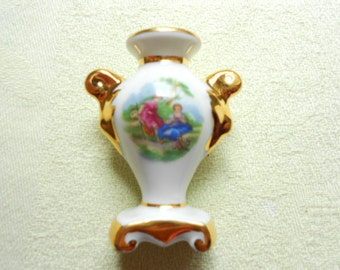 Limoges Floral Porcelain Dollhouse Miniature Urn / Vase (A272)