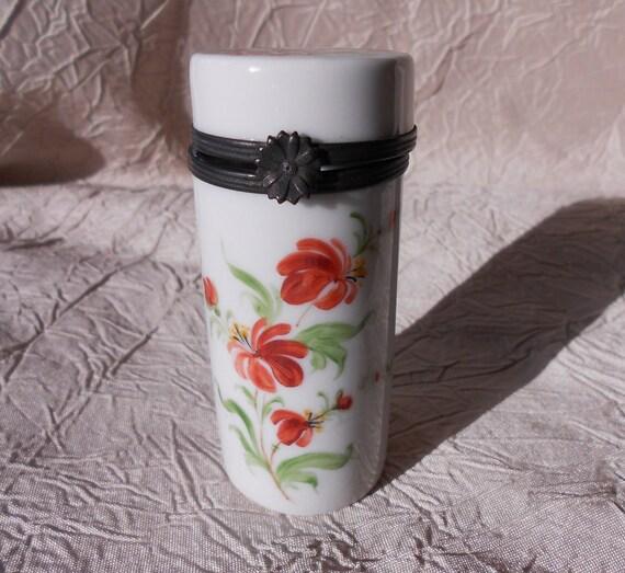 French Vintage Floral Handpainted Porcelain Needle Case (1109S069)