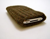 iPhone/iPod/iTouch/cell phone felted wool knit sweater sleeve/case/cover in brown