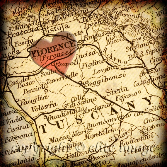 8x8 MAP of FLORENCE Italy with a Heart Shape with a Grunge Vintage Border - 8x8 Photograph