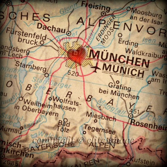 X MAP Of MUNICH Germany With A Heart Shape With A Grunge - Munchen germany map