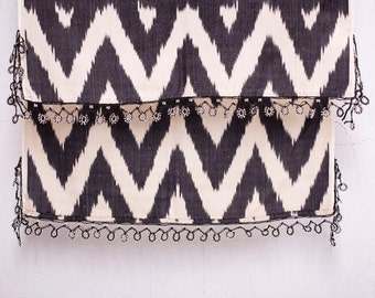 crochet ikat scarf with bead-lace ends - Turkish OYA - 16.14'' x 78.74'' - FAST worldwide shipment with UPS - 121