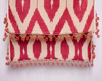 crochet ikat scarf with bead-lace ends - Turkish OYA - 15.35'' x 78.74'' - FAST worldwide shipment with UPS - 132